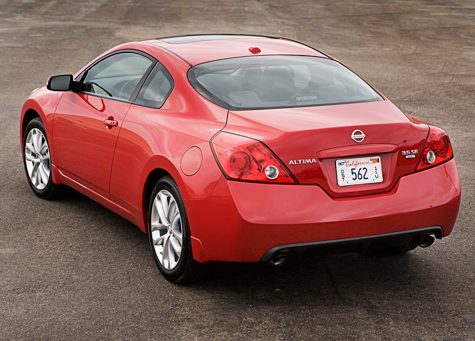2011 nissan altima coupe specifications pictures prices. Black Bedroom Furniture Sets. Home Design Ideas