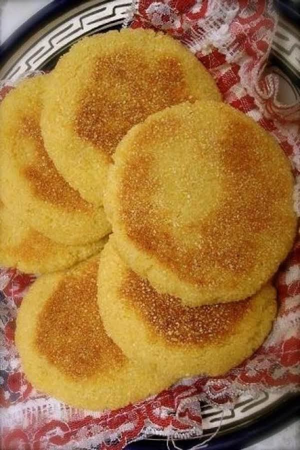 Moroccan Harcha (harsha) - Semolina Pan-fried Flat Recipe