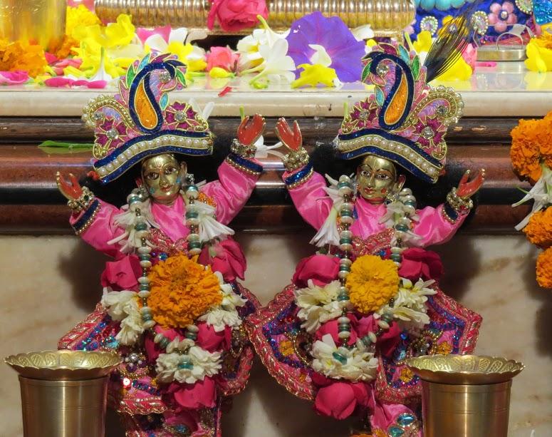 ISKCON Vallabh vidhyanagar Deity Darshan 19 jan 2017 (6)