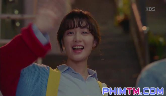 Nổi cơn ghen, Park Seo Joon… áp mặt sát vào Kim Ji Won - Ảnh 10.