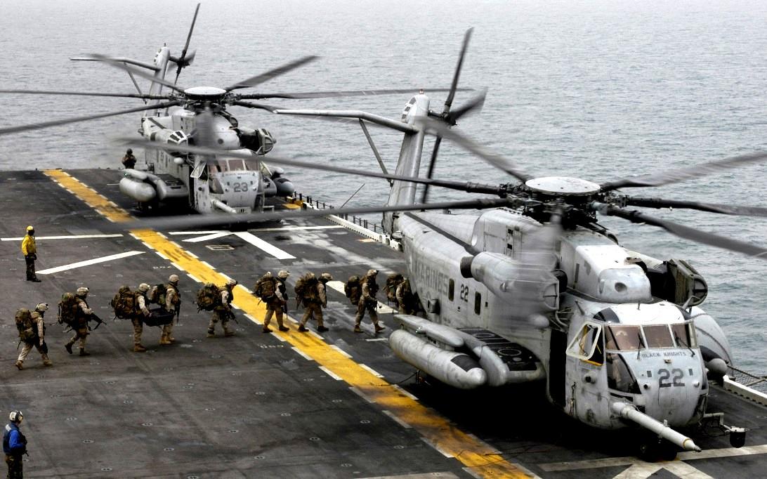 CH-53E Super Stallion Helicopter Wallpaper 2