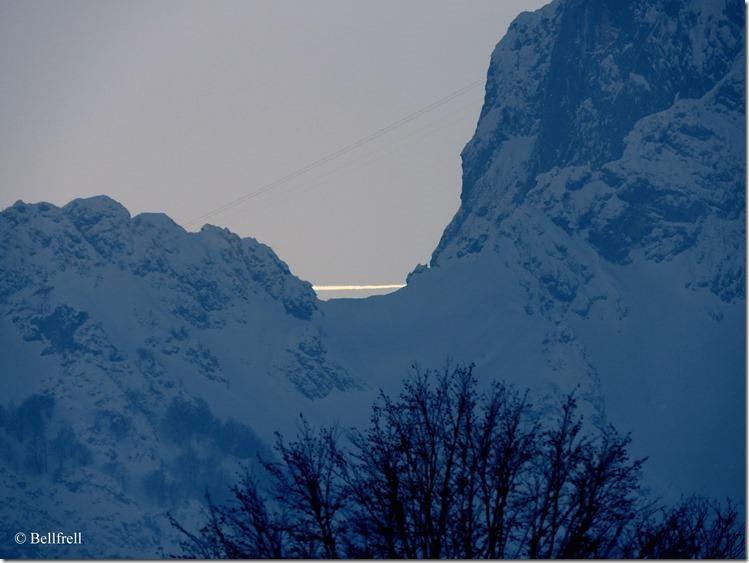 Untersberg und Flugzeug 2
