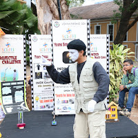 ROBOT MIME act by Drupad Gaonker from AUROVILLE