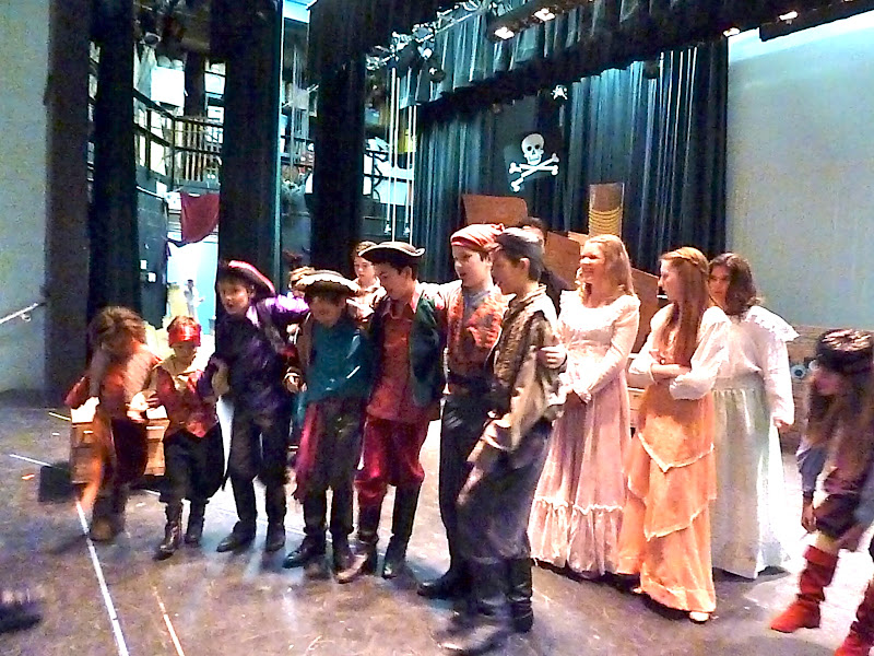 2012PiratesofPenzance - P1020356.JPG