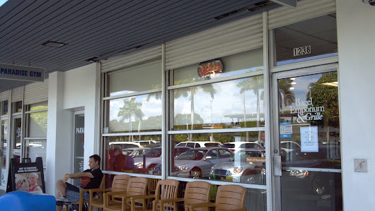Home | Restaurant And Caterers In Coral Gables, FL | Bagel Emporium & Grille