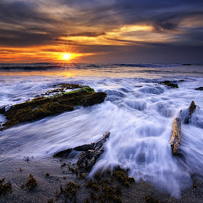 Sunset of Today by Eggy Sayoga - Landscapes Waterscapes ( pantai, indonesia, d7000, beach, nikon, landscape, lima )