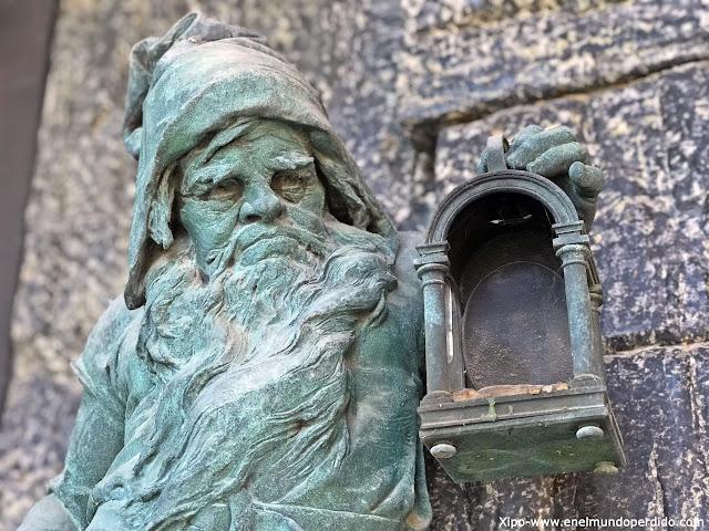 tumba-cementerio-viena.jpg