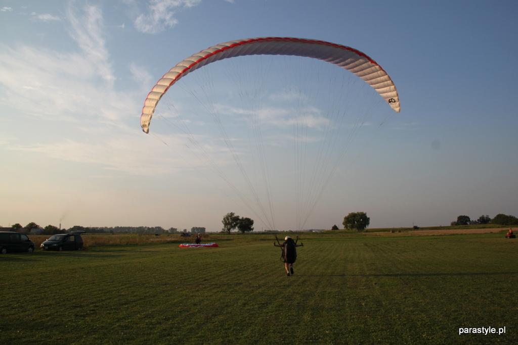 Szkolenia paralotniowe Sierpień 2012 - IMG_4904.JPG