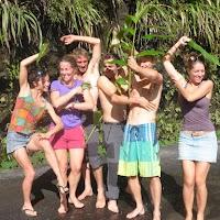 Quel numéro-Aurel-Qui a piqué le tahiti douche Piss'en l'air!.JPG