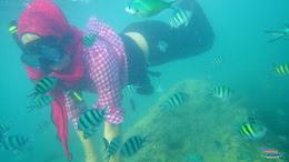 family trip pulau pari 090716 Pentax 24