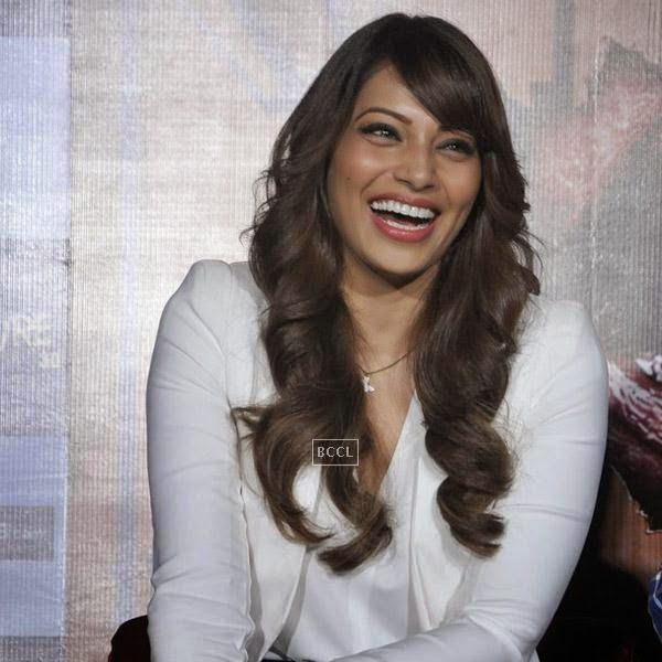 Bipasha Basu is all smiles during the trailer launch of Bollywood movie Creature 3D, held at PVR, on July 16, 2014.(Pic: Viral Bhayani)