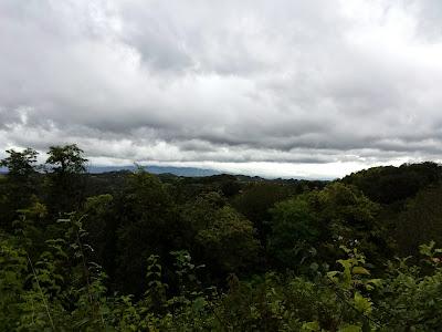 ziemlich wolkenverhangen und kühl war es an diesem Tag