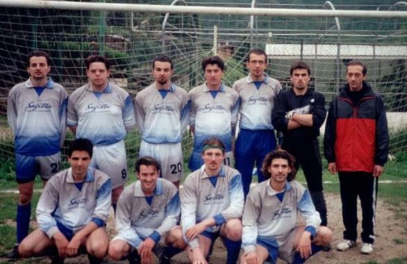Foto scattata il 7 maggio 2000 sul campo sportivo della Selva di Zandobbio