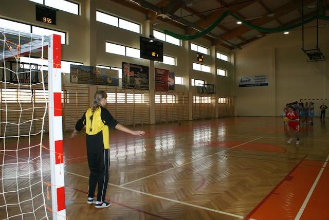 Piłka ręczna zowody listopad 2011 - DSC03720_1.JPG