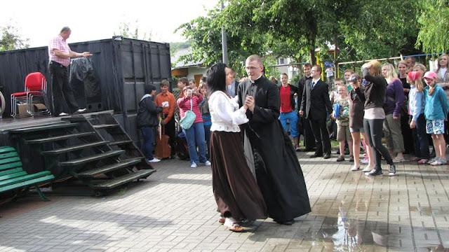 Festyn Rodzinny - Parafialnego Zespołu Caritas oraz Rady Dzielnicy Mały Kack - festyn102.JPG