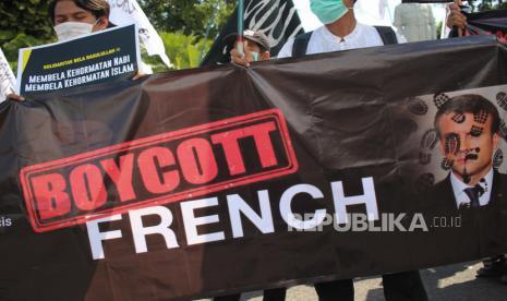 Ulama Dunia Kembali Serukan Boikot Produk Prancis