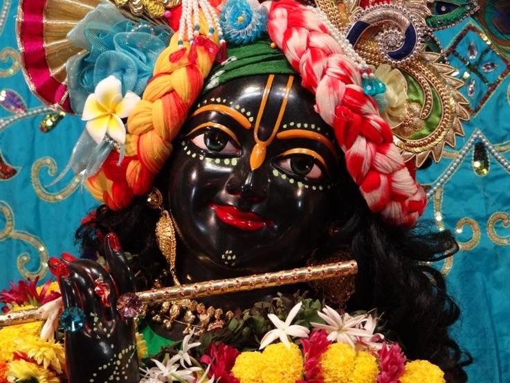 ISKCON Nigdi Deity Darshan 06 Jan 2016 (26)