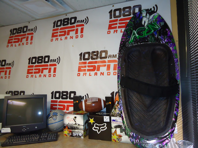 The Kevin Sutton Show on 1080 ESPN sports radio. Them off to a little night shoot at Scotts. - dsc01676_0012.jpg