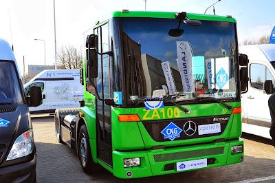 Mercedes-Benz chwalił się swoją ofertą aut użytkowych na gaz ziemny