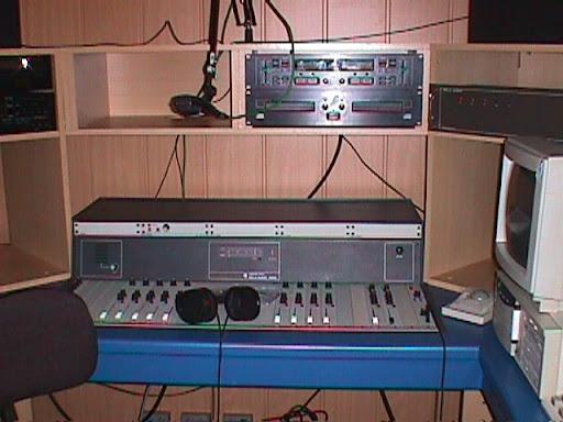 Studio Radio Contact Maasmechelen 4.JPG