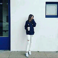 Sally Malone's avatar