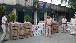 बड़ी खबर/Bihar News:पुलिस ने 274 कार्टून शराब के साथ पांच लोगों को किया गिरफ्तार