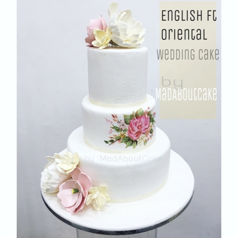 Mad About Cake: English feat Oriental wedding cake