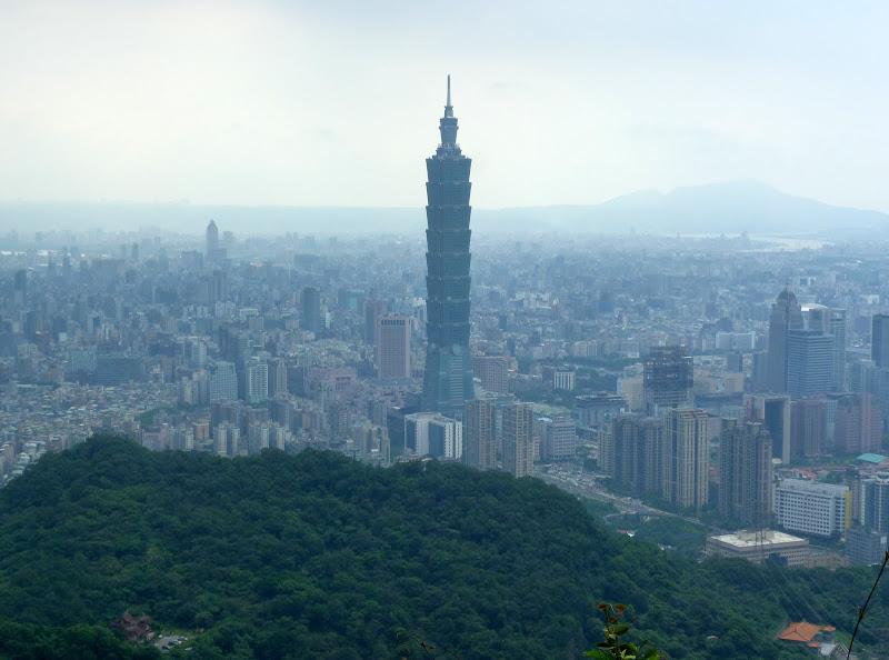 Taipei. Si Shou Shan, et la découverte des maisonnettes du professeur Y I   易教授 - P1340837.JPG