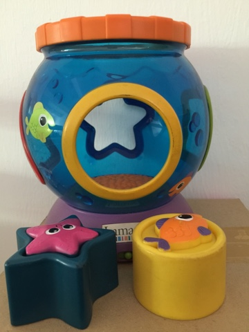 Macam macam ada lamaze shape n sound fish and bowl for Fisher price fish bowl