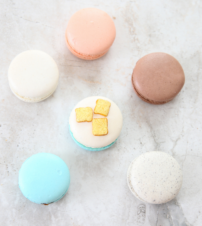 photo of regular macarons
