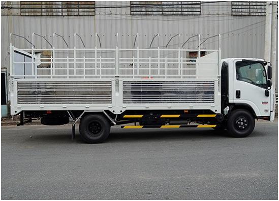 thùng xe của xe tải Isuzu 5t5