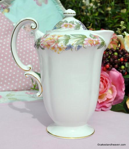 Vintage Paragon Country Lane Fine Bone China