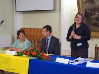 1Dr. Molnár Beáta megnyitja a konferenciát.jpg