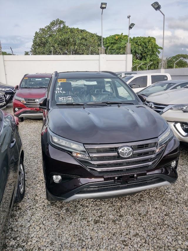 PHOTOS: Toyota RUSH 1.5G - Bordeaux