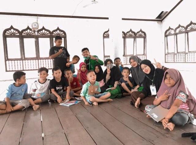 Peduli generasi bangsa, kelompok KKN 061 Unimal berikan pemahaman tentang pentingnya sekolah