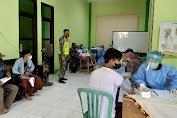 Babinsa Toyaning Laksanakan Pendampingan Vaksiniasi Di Ponpes Al Istiqomah