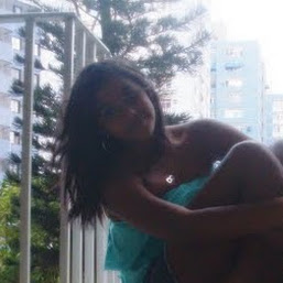 Rebeca Assis photos, images