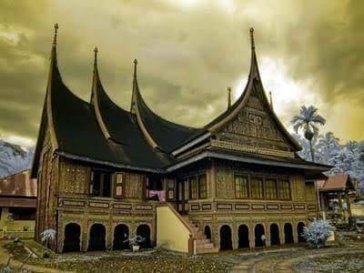 Ayo Kenali Beragam Rumah Gadang Minangkabau
