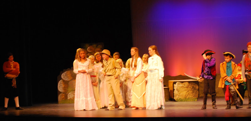 2012PiratesofPenzance - DSC_5852.JPG