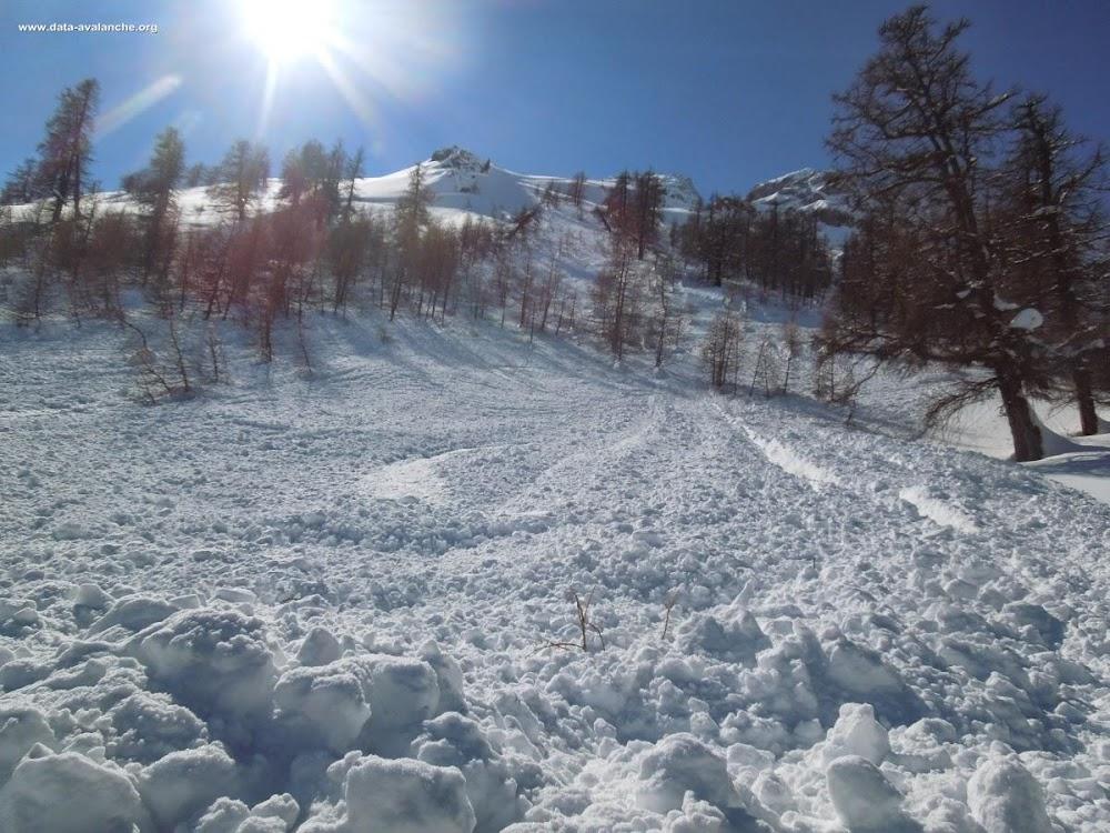 Avalanche Briançonnais, secteur Mont Chaberton, Versant Italien du Caberton ; au dessus du hameau de Pra Claud - Photo 1