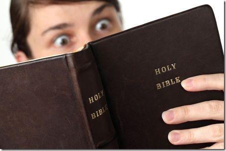 x14-frases-locas-puedes-leer-biblia-
