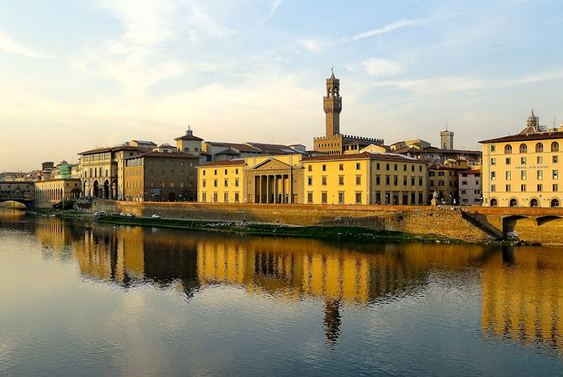 41. View of Uffizi Gallery from river Arno. Florence. 2006