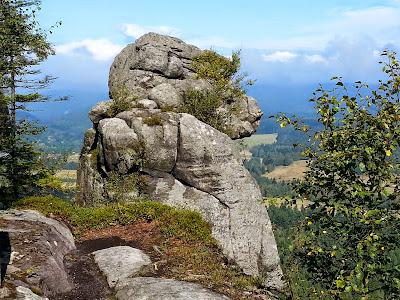 Małpolud Szczeliniec Wielki 919 m n.p.m.