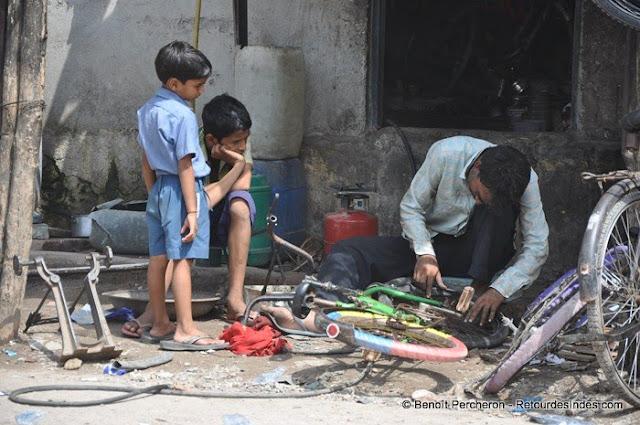 Réparateur de vélo, Delhi