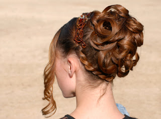 Updo Hairstyle Ideas for 2011 Pictures - celebrity hairstyle pictures