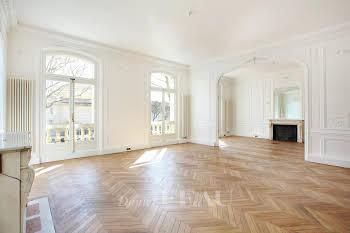 Appartement 6 pièces 317,27 m2