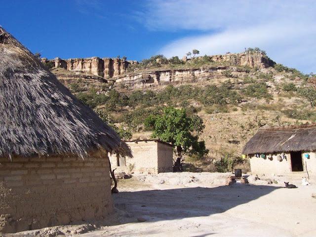 Fundacion Clinica de Medicina Indigena DIC.09 - 74578_158664614168578_100000751222696_251366_7120211_n%255B1%255D.jpg