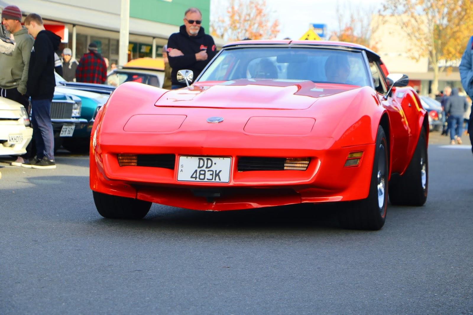 Chevrolet Corvette Stingray Red.jpg