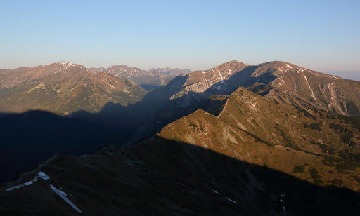 Západné Tatry a Červené vrchu po východe slnka