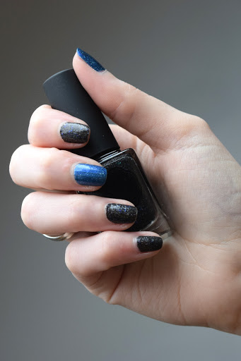 Test de vernis Vegan, Light box et Crush on Blue de la marque Il était un vernis